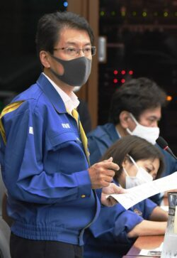 質問する田村貴昭議員=28日、衆院災害特委 (3)